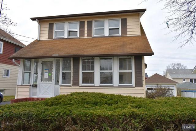 98 Rosemont Avenue, Elmwood Park, NJ 07407 (#1916402) :: Berkshire Hathaway HomeServices Abbott Realtors