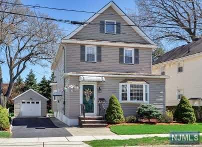 54 5th Street, North Arlington, NJ 07031 (#1917350) :: Berkshire Hathaway HomeServices Abbott Realtors