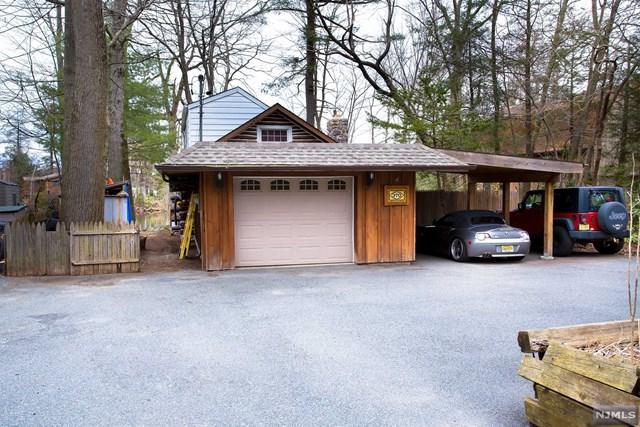 370 Warwick Turnpike, West Milford, NJ 07421 (#1917465) :: Berkshire Hathaway HomeServices Abbott Realtors