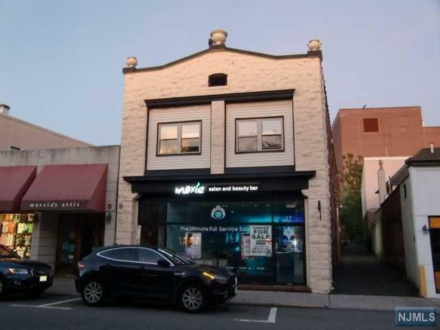 27 N Dean Street, Englewood, NJ 07631 (MLS #1923956) :: William Raveis Baer & McIntosh