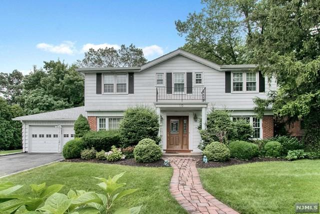 10 Willow Drive, Englewood Cliffs, NJ 07632 (#1933220) :: Group BK