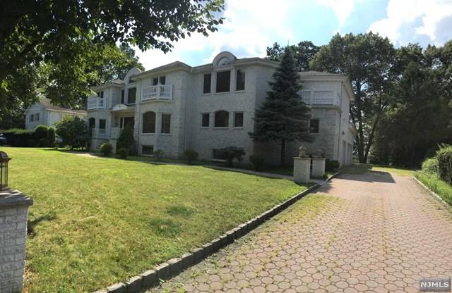 380 Valley View Avenue, Paramus, NJ 07652 (#1933840) :: Group BK
