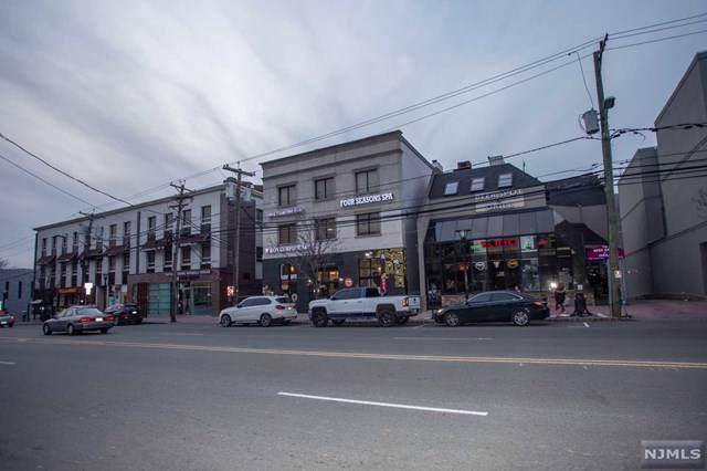 2025 Lemoine Avenue - Photo 1