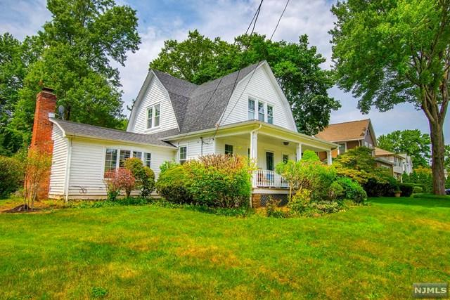 121 6th Street, Cresskill, NJ 07626 (MLS #1936408) :: William Raveis Baer & McIntosh