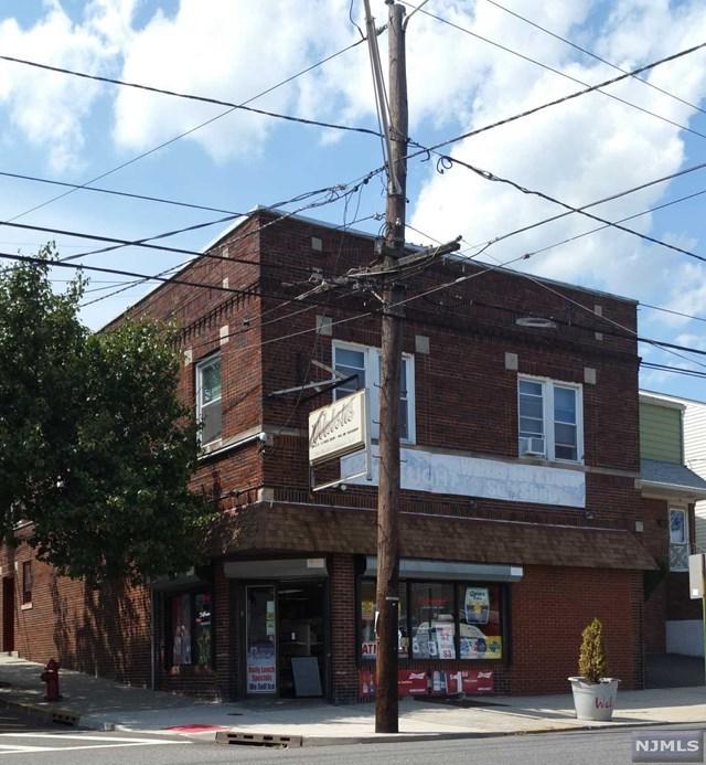 53 Davis Avenue - Photo 1