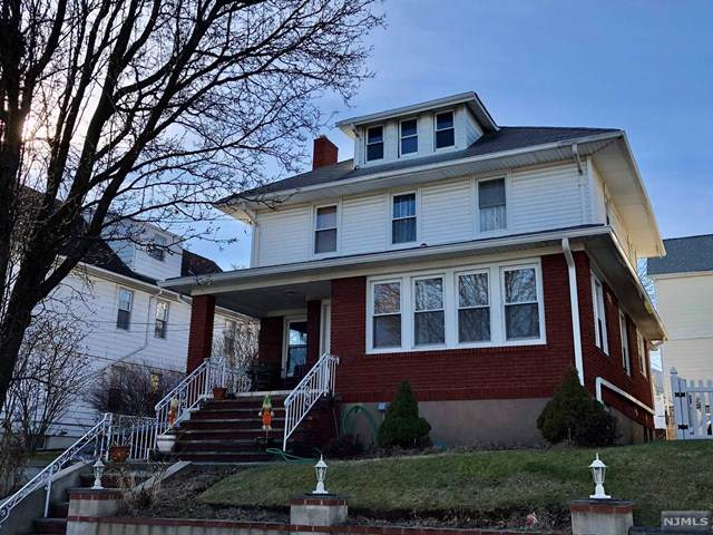 29 Vernon Avenue - Photo 1