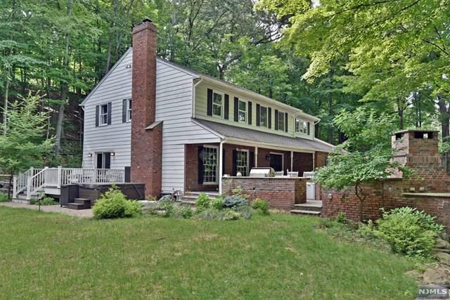 219 W Saddle River Road, Saddle River, NJ 07458 (MLS #1944598) :: The Dekanski Home Selling Team