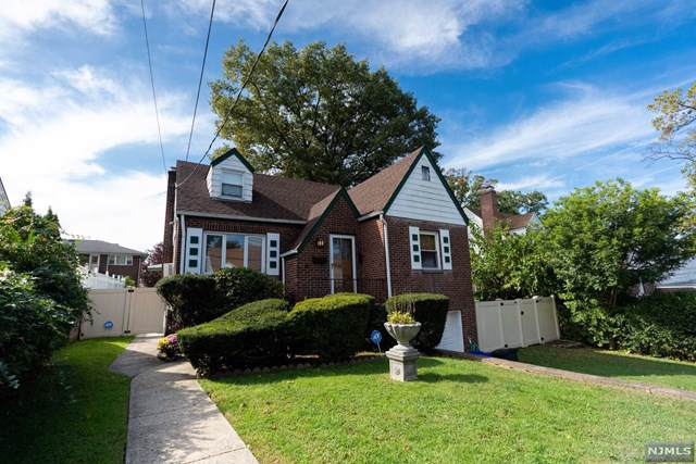 544 Hillcrest Avenue, Ridgefield, NJ 07657 (#1947540) :: Proper Estates