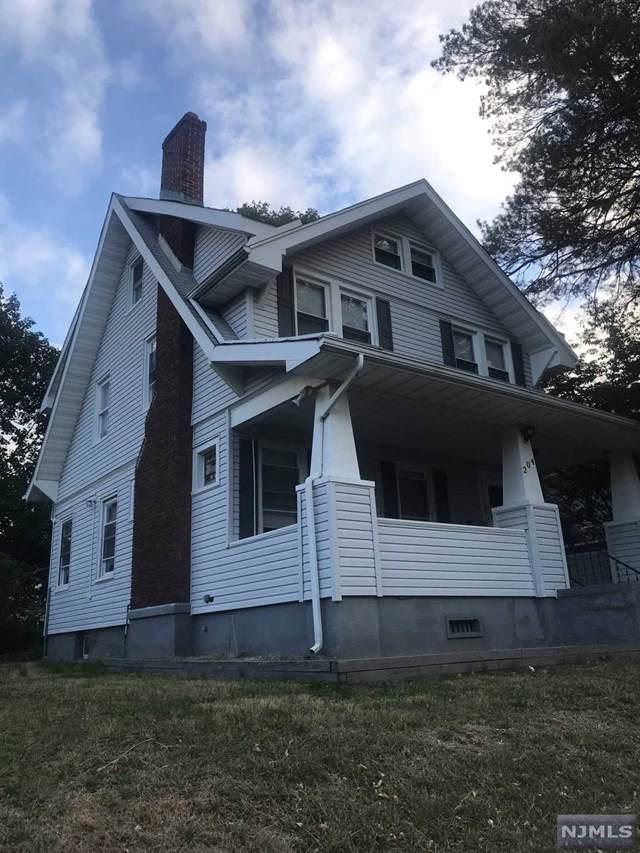 204 Clinton Avenue, Clifton, NJ 07011 (#1950930) :: NJJoe Group at Keller Williams Park Views Realty