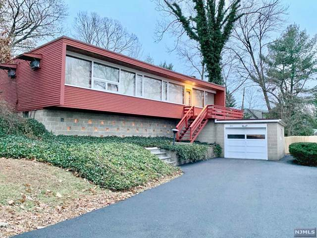 12 Hillside Drive, Bloomingdale, NJ 07403 (MLS #1953377) :: William Raveis Baer & McIntosh