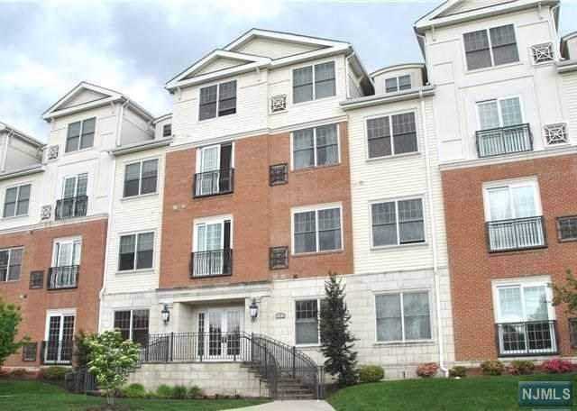 3101 The Plaza, Tenafly, NJ 07670 (#1953381) :: The Force Group, Keller Williams Realty East Monmouth