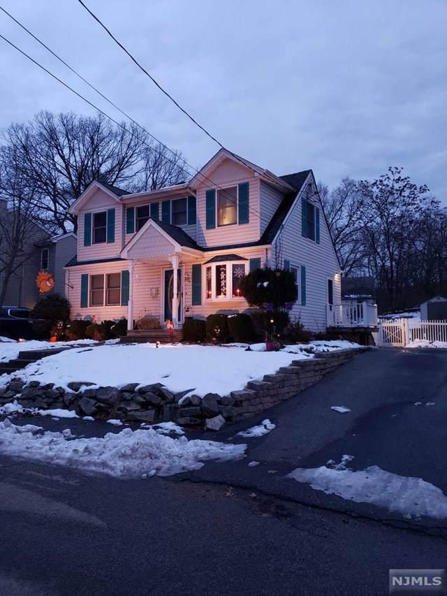 68 Bergen Avenue, Wanaque, NJ 07420 (MLS #1953965) :: The Dekanski Home Selling Team