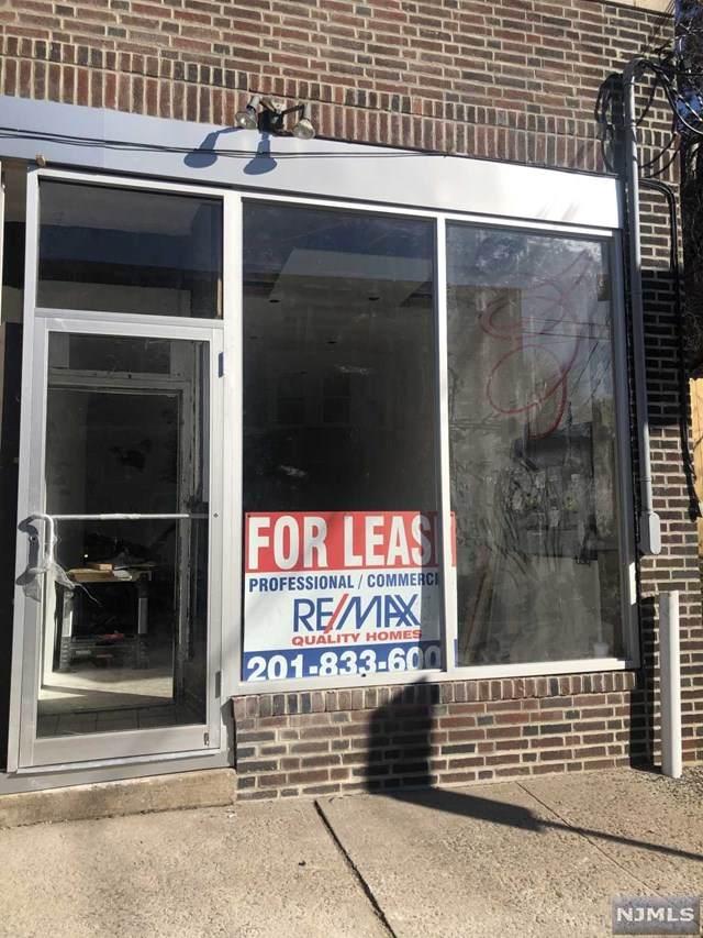 118 Fort Lee Road - Photo 1