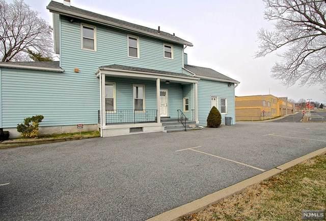 395 River Drive, Elmwood Park, NJ 07407 (MLS #20004402) :: The Dekanski Home Selling Team