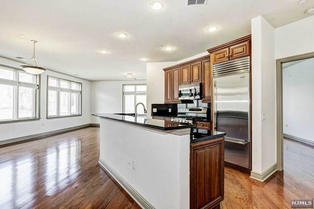 7400 River Road #438, North Bergen, NJ 07047 (#20011857) :: Nexthome Force Realty Partners
