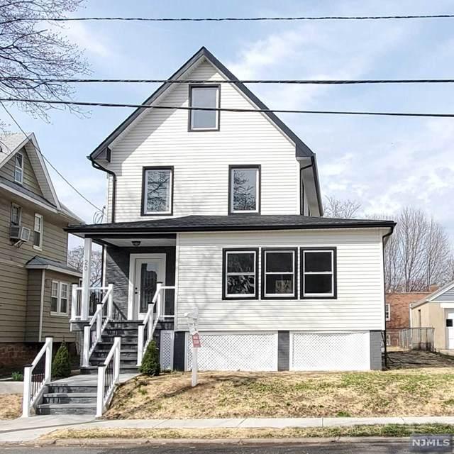 20 W Linden Avenue, Dumont, NJ 07628 (MLS #20011895) :: The Dekanski Home Selling Team