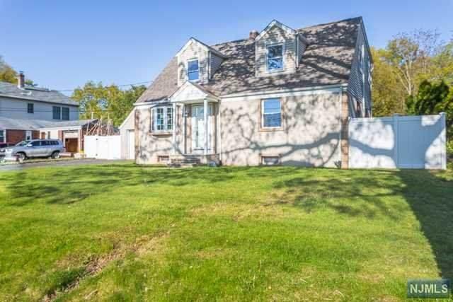 563 Boulevard, New Milford, NJ 07646 (#20016548) :: Bergen County Properties