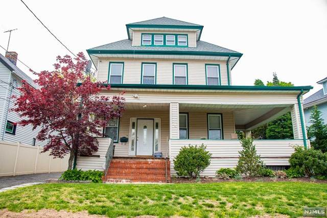 74 Central Avenue, Englewood, NJ 07631 (MLS #20017114) :: The Sikora Group