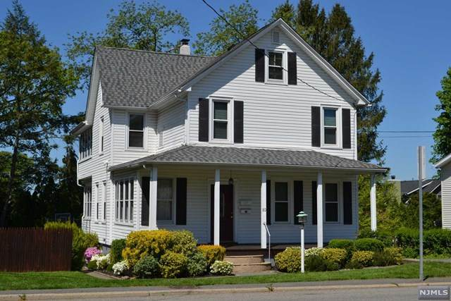 80 Franklin Turnpike, Waldwick, NJ 07463 (MLS #20017290) :: The Sikora Group