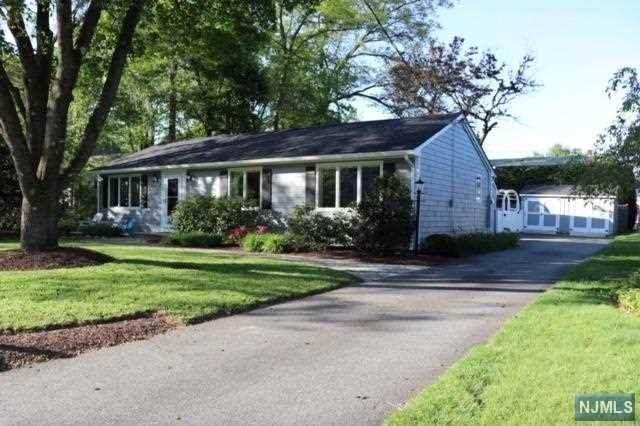 27 Pleasant Lane, Rockaway Township, NJ 07435 (#20018737) :: NJJoe Group at Keller Williams Park Views Realty