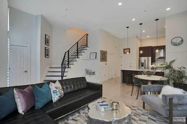 15 Warren Street #101, Jersey City, NJ 07302 (MLS #20024199) :: Team Francesco/Christie's International Real Estate