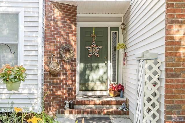 10 Magnolia Lane, Boonton Township, NJ 07005 (MLS #20027106) :: The Sikora Group