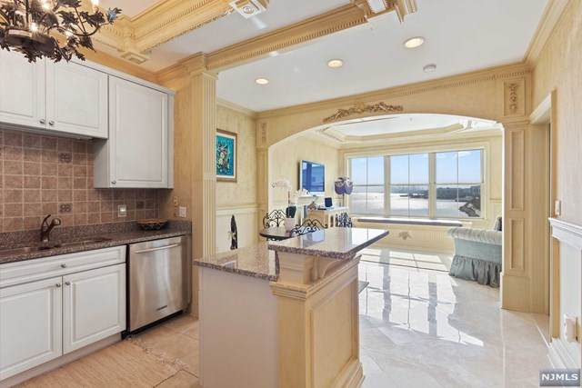 22 Ave At Port Imperial #403, West New York, NJ 07093 (#20027334) :: Bergen County Properties