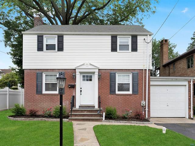 133 Burton Avenue, Hasbrouck Heights, NJ 07604 (MLS #20029494) :: The Lane Team