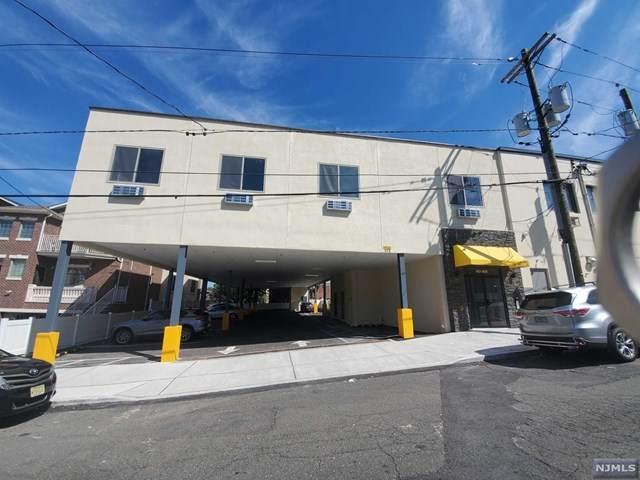 423 Broad Avenue - Photo 1