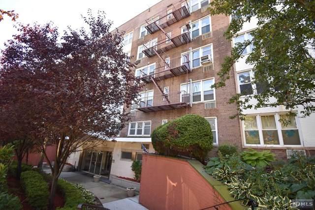 2160 Center Avenue - Photo 1