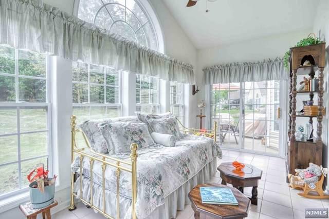 138 Stone Manor Drive, Franklin, NJ 08873 (MLS #20033090) :: Team Francesco/Christie's International Real Estate