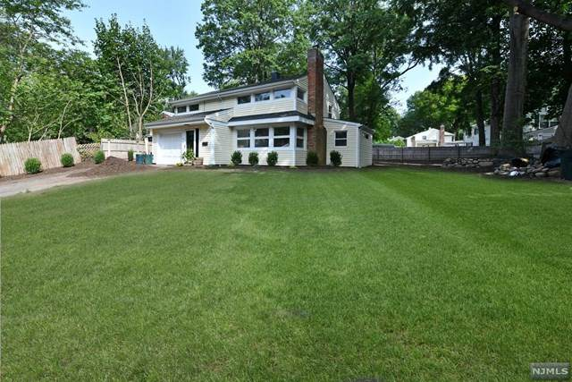 57 Donald Place, Waldwick, NJ 07463 (MLS #20037365) :: The Lane Team