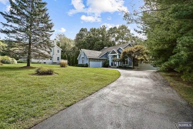 13 Ramapo Mountain Drive, Wanaque, NJ 07465 (#20037803) :: NJJoe Group at Keller Williams Park Views Realty