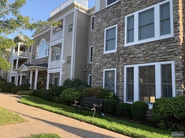 5 Tenakill Park Drive #103, Cresskill, NJ 07626 (MLS #20038098) :: Team Francesco/Christie's International Real Estate
