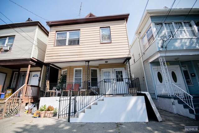 329 Getty Avenue, Paterson, NJ 07503 (MLS #20039532) :: Team Francesco/Christie's International Real Estate