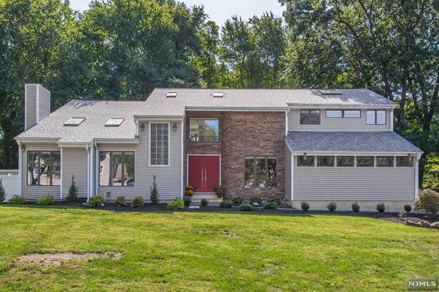 2 Woodcrest Lane, Old Tappan, NJ 07675 (MLS #20040200) :: William Raveis Baer & McIntosh