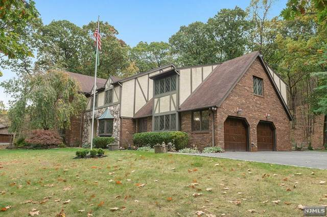 151 Waughaw Road, Montville Township, NJ 07082 (MLS #20041059) :: Provident Legacy Real Estate Services, LLC