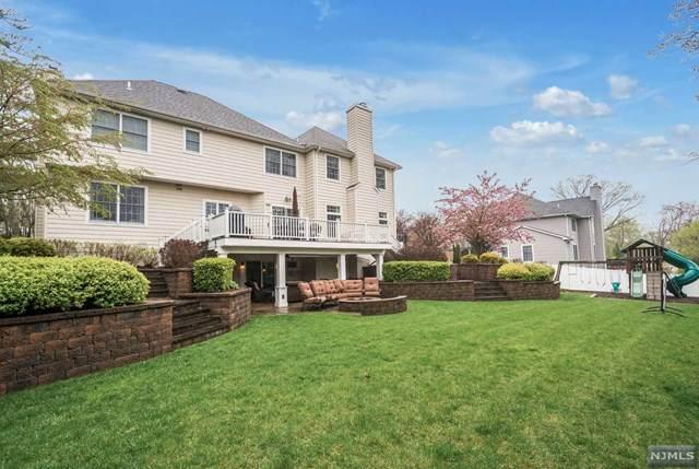 2 Keller Court, Park Ridge, NJ 07656 (MLS #20043363) :: William Raveis Baer & McIntosh