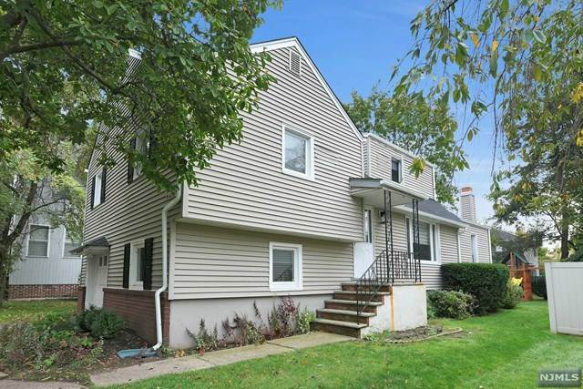 768 Dearborn Street - Photo 1