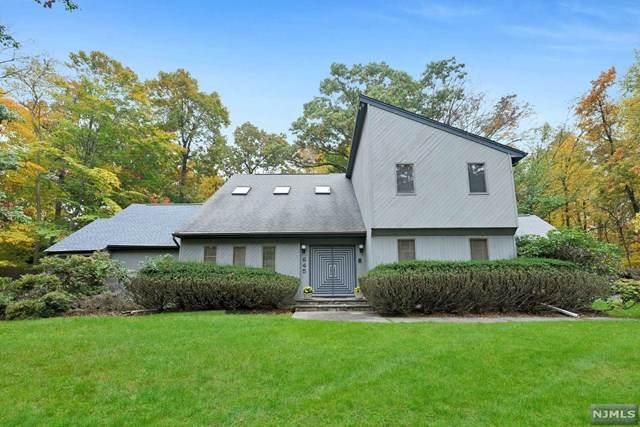 645 Juniper Place, Franklin Lakes, NJ 07417 (MLS #20044403) :: William Raveis Baer & McIntosh