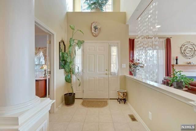 201 Ridge Drive, Pompton Lakes, NJ 07442 (MLS #20045017) :: The Dekanski Home Selling Team