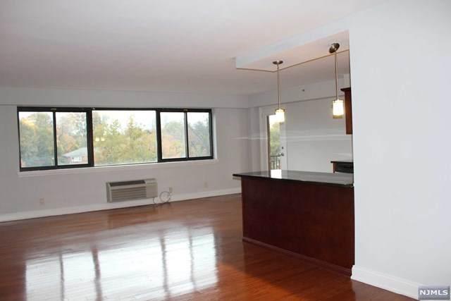 60 E Parkway Drive 5J, East Orange, NJ 07017 (MLS #20045335) :: Kiliszek Real Estate Experts