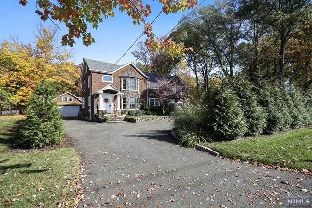 510 Sicomac Avenue, Wyckoff, NJ 07481 (MLS #20046531) :: The Sikora Group