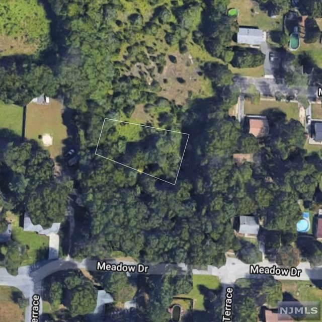 307 N Spring Road, Vineland City, NJ 08361 (MLS #20052146) :: The Sikora Group