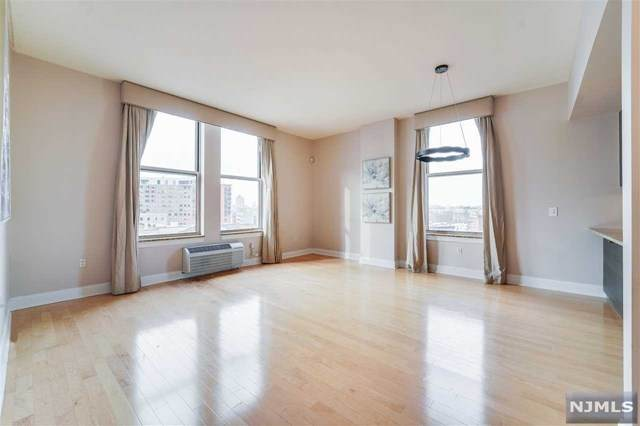 10 Regent Street #812, Jersey City, NJ 07302 (MLS #21001414) :: William Raveis Baer & McIntosh