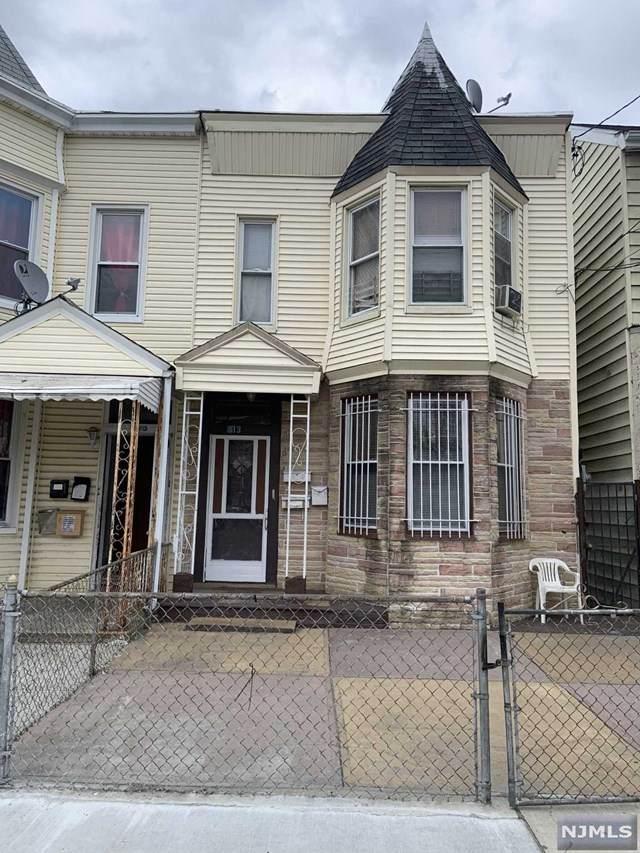 813 Mount Prospect Avenue - Photo 1