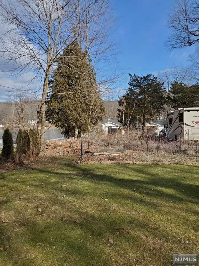 58 S Shore Drive, Wantage, NJ 07461 (MLS #21002796) :: William Raveis Baer & McIntosh