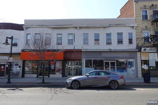 236 Paterson Avenue - Photo 1