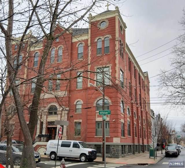 305 Whiton Street - Photo 1