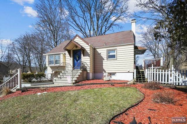39 Richard Street, North Haledon, NJ 07508 (MLS #21007338) :: The Sikora Group